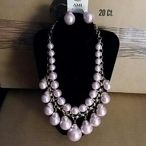 NEW PI7NK PEARLS NECKLACE AND EARRINGS